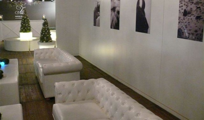 Design Bank Wit.Huren Witte Chesterfield Bank Lounge Sofa Lounge Zo