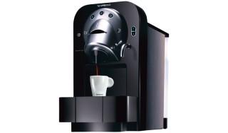 Nespresso Koffie Machine Huren: CS 100